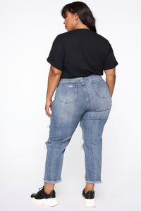 Forget About Me Mom Jeans - Medium Blue Wash