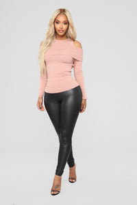 Sandra Cold Shoulder Sweater - Dusty Pink