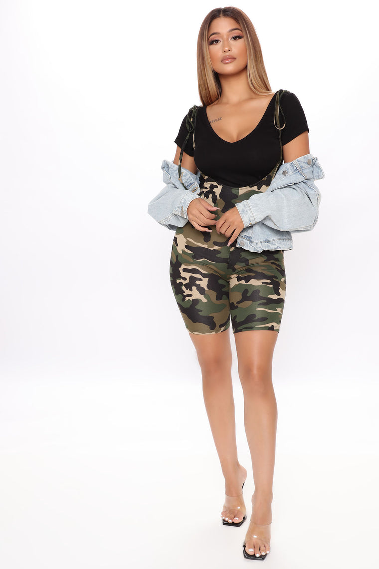 Camo Queen Overall Short - Camouflage