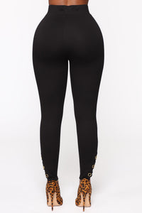 The Only One Leggings - Black Angle 5