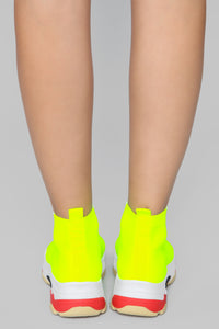 Rebellious Woman Sneaker - Neon