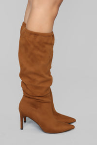 Speak To Me Heeled Boot - Cognac