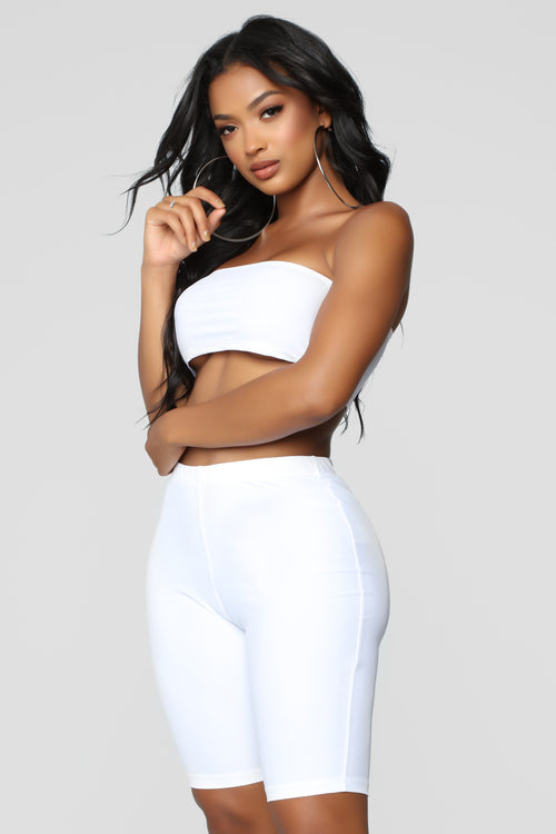 Curves For Days Set - White