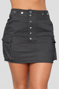 Cute As A Button Skirt - Black