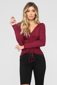 Sierra Ruched Top - Burgundy