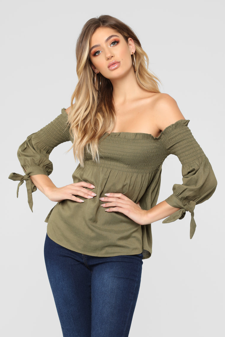 Rosario Off Shoulder Top - Olive