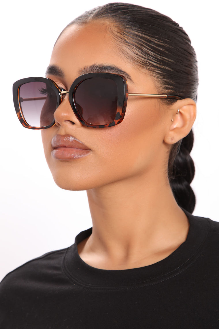 Bright And Boujee Sunglasses - Black/Tortoise