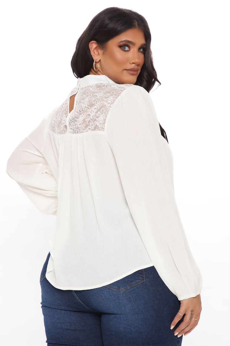 Meet Me In The Middle Lace Top - Off White