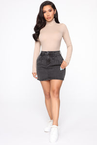 Stop And Stare Mini Skirt - Charcoal