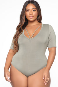 Drop The Basic Bodysuit - Olive Angle 8