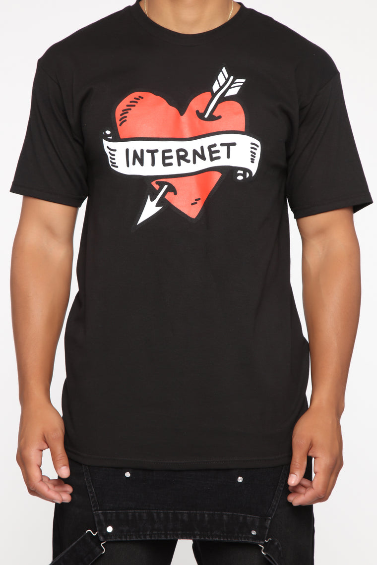 Internet Love Short Sleeve Tee - Black/Red