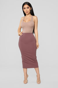 Quick Throw On Midi Skirt - Pink