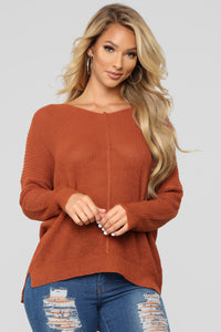 Movie Nights Sweater - Rust