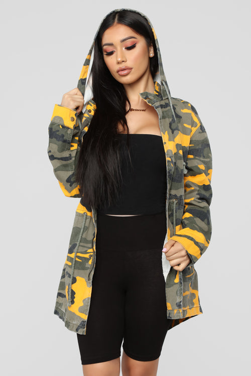 Hide And Play Jacket - Yellow Camo