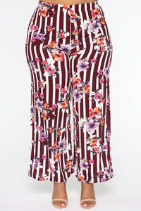 Rooftop Brunch Flare Pants - Burgundy Angle 2