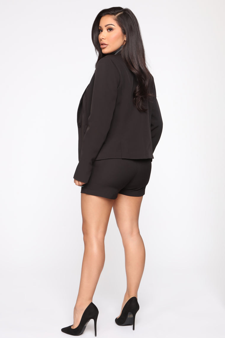 The Chloe Short - Black