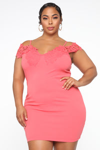 Dinner With Friends Off Shoulder Midi Dress - Coral Angle 5