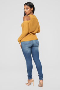Cailyn Mock Neck Sweater - Mustard