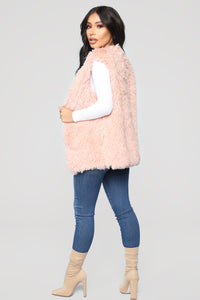 Essential Faux Fur Vest - Mauve