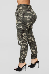 Aubrie Belted Joggers - Camo