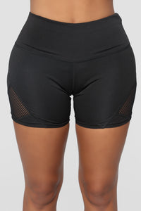 Keep Going Active Shorts - Black