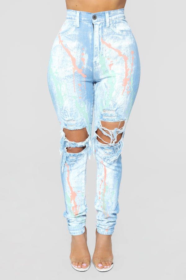 be33eaa0c80 Walking Masterpiece High Rise Skinny Jeans - Light Blue Wash