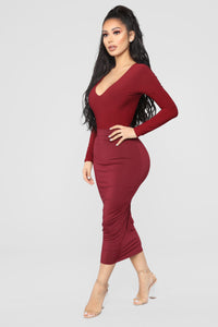 Louise V Neck Bodysuit - Burgundy