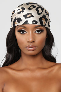 Cheetahs Are Winners Head Scarf - Red