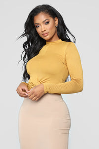 Marine Front Twist Mock Neck Top - Mustard