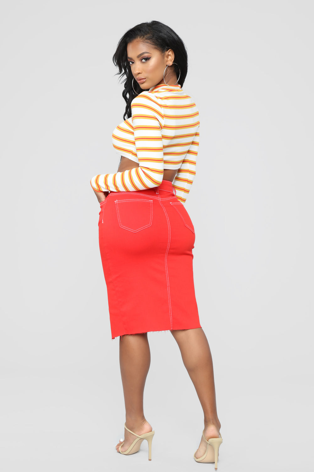 Contrasting Views Skirt - Red