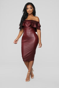 Fall Into Place Dress - Burgundy Angle 1