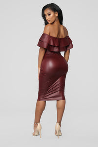 Fall Into Place Dress - Burgundy Angle 4
