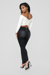 Night And Day High Rise Jeans - Black Angle 5