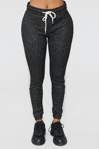Elina Contrast Side Leggings - Black/Grey