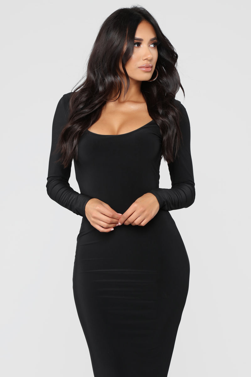 All These Simple Things Midi Dress - Black