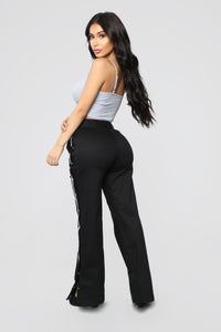 Snap To The Top Pants - Black/Grey Angle 5