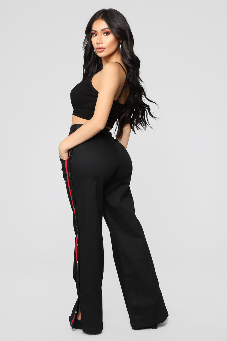 Snap To The Top Pants - Black/Red