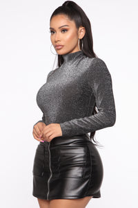 Titanium Heart Mock Neck Top - Silver/Black