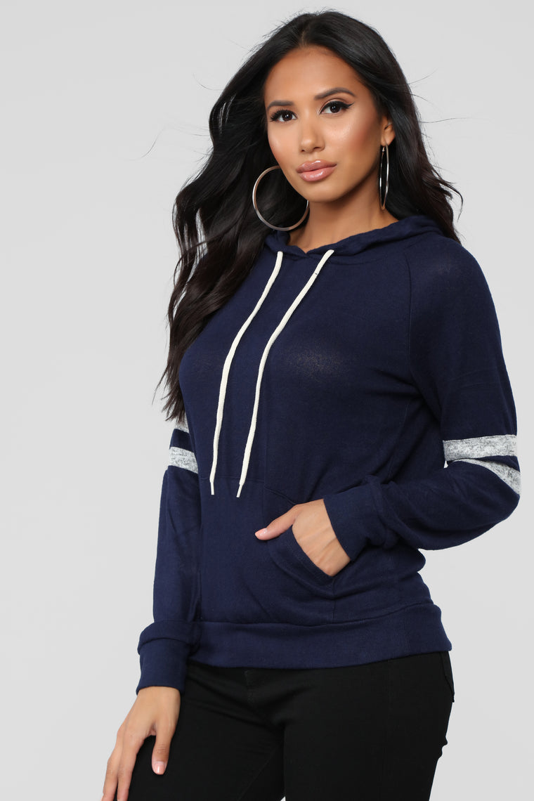 Elina Pullover Hoodie - Navy/combo