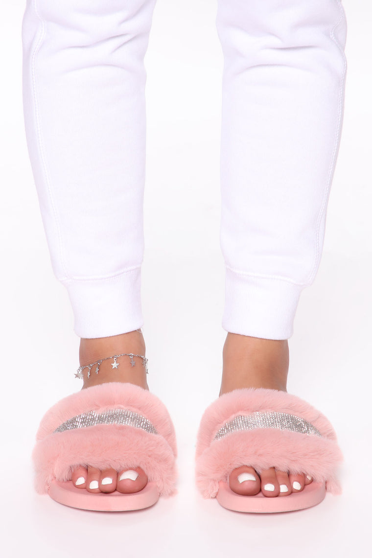 Glitz And Glam Fur Sliders - Pink