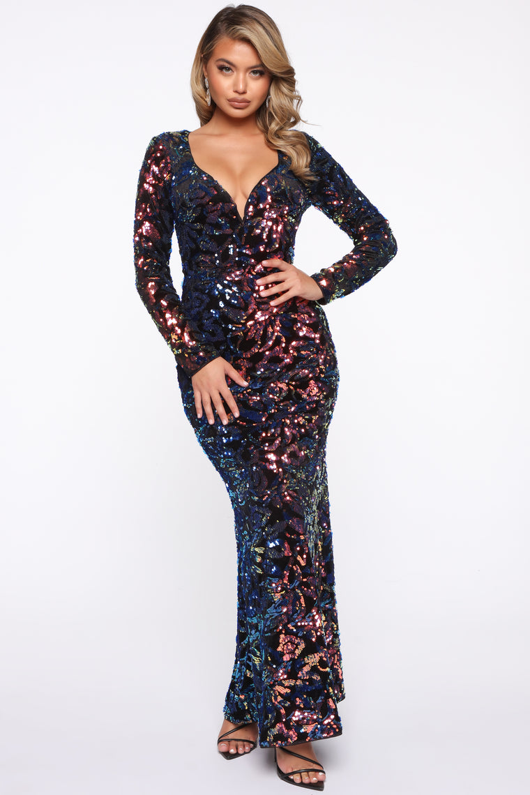 Magical Moment Sequin Maxi Gown - Black/Blue