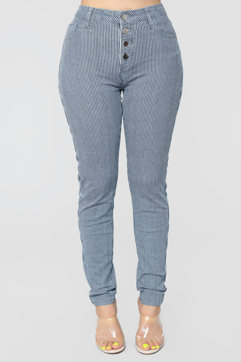 Read Between The Lines High Rise Jeans - Dark Denim