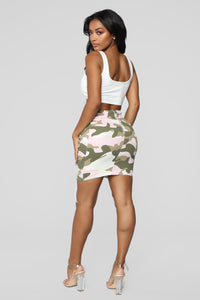 Alayna Lace Up Camo Skirt - Pink