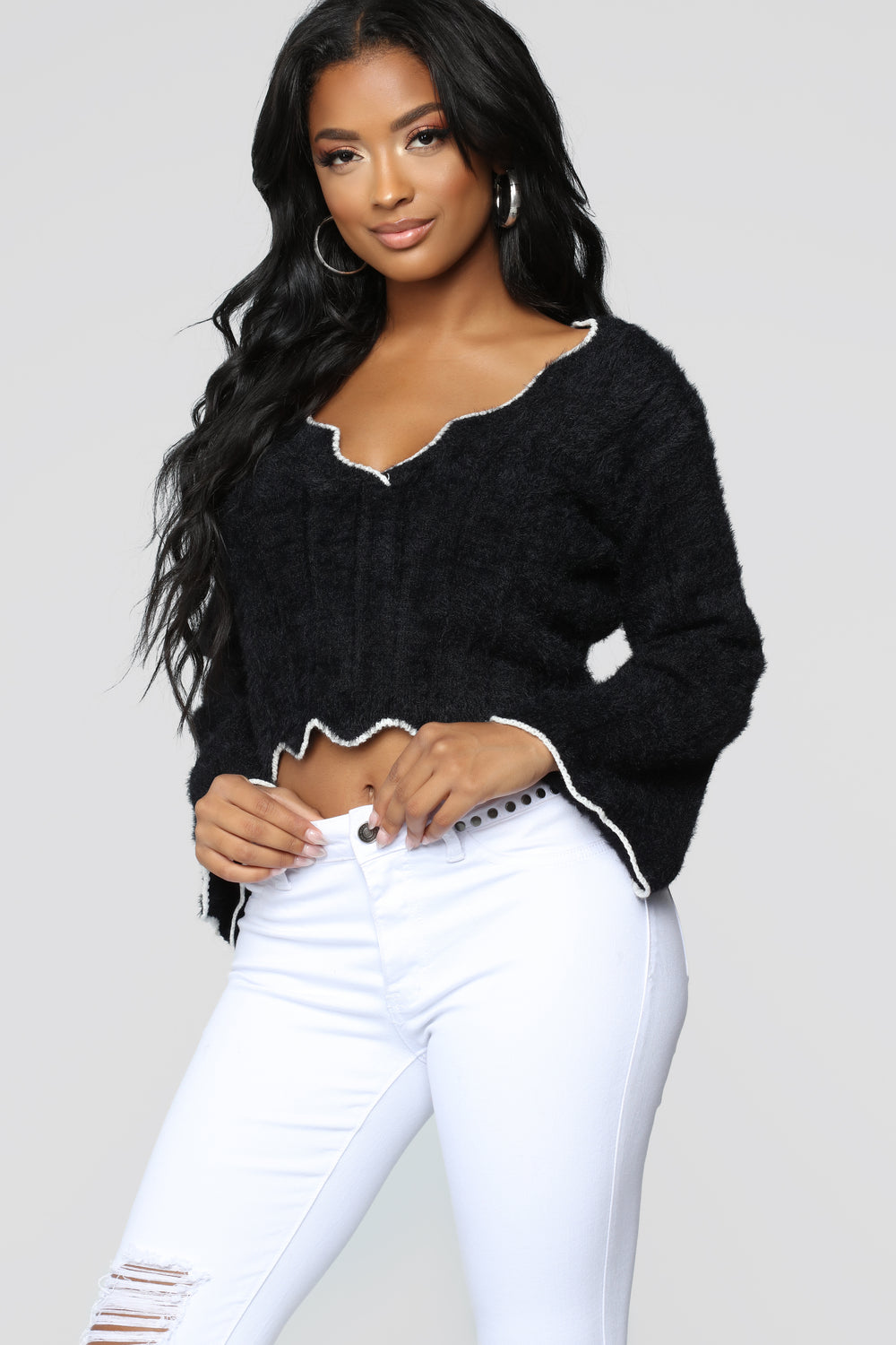 Long Distance Fuzzy Sweater - Black/White