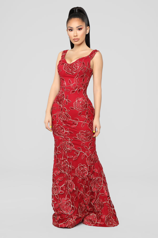 ca20fc7ad06 Thorns And Roses Dress - Burgundy
