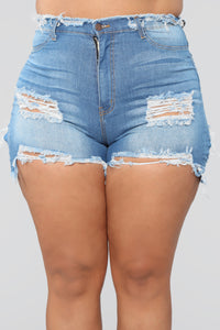 That Smile Denim Shorts - Medium Blue Wash