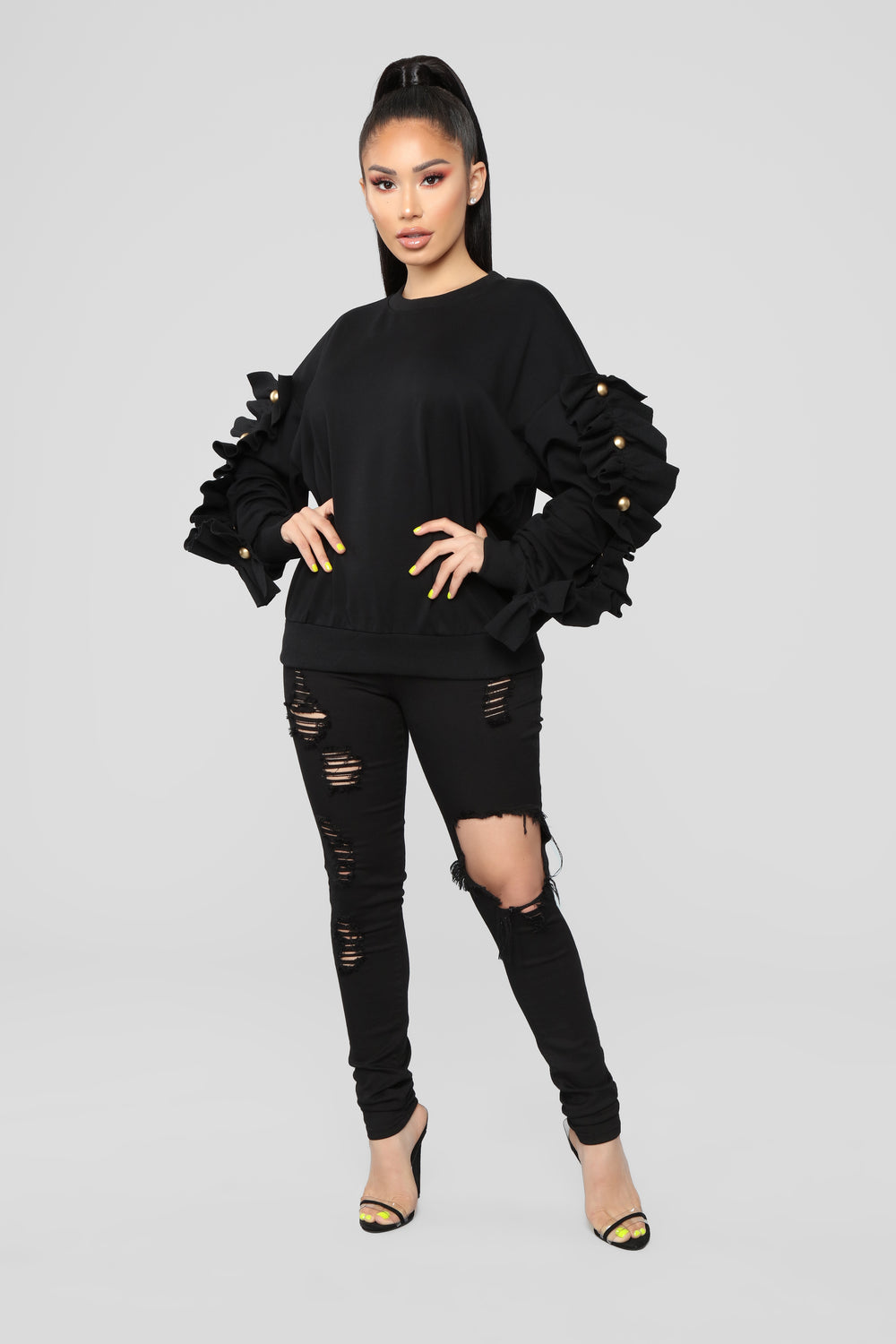 Girl With The Pearl Sweater - Black