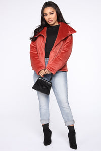 New York Winter Puffer Jacket - Rust Angle 2
