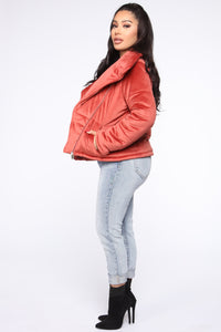 New York Winter Puffer Jacket - Rust Angle 4