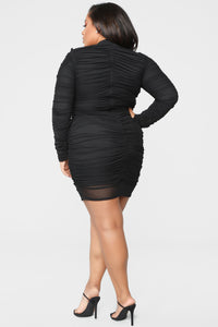 Paparazzi Ruched Dress - Black